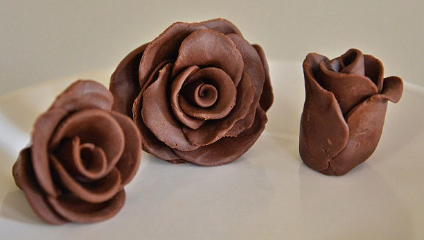 Chocolate-Clay-Roses